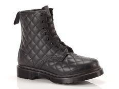 Boots Dr Martens Anfibio Coralie Boot Nero Bugnato