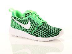Sneakers Nike Wmns Roshe One Flyknit Voltage Green